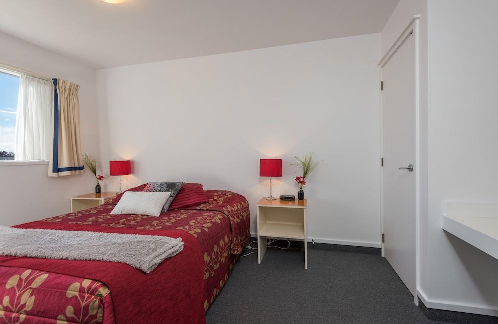 그린스 모텔(Greens Motel) Hotel Image 25 - Guestroom