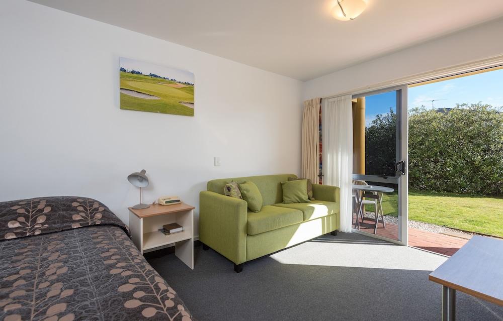 그린스 모텔(Greens Motel) Hotel Image 28 - Guestroom