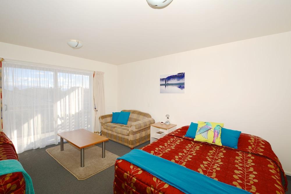 그린스 모텔(Greens Motel) Hotel Image 3 - Guestroom
