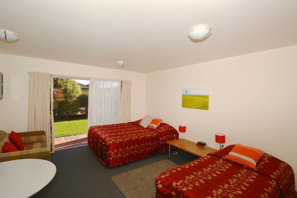그린스 모텔(Greens Motel) Hotel Image 2 - Guestroom