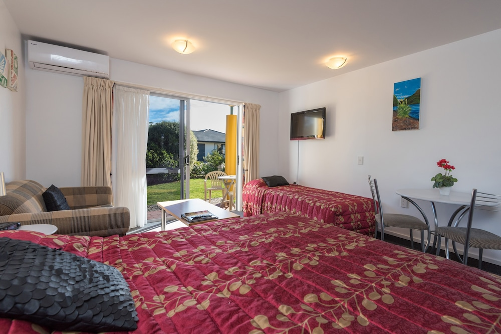 그린스 모텔(Greens Motel) Hotel Image 37 - Guestroom