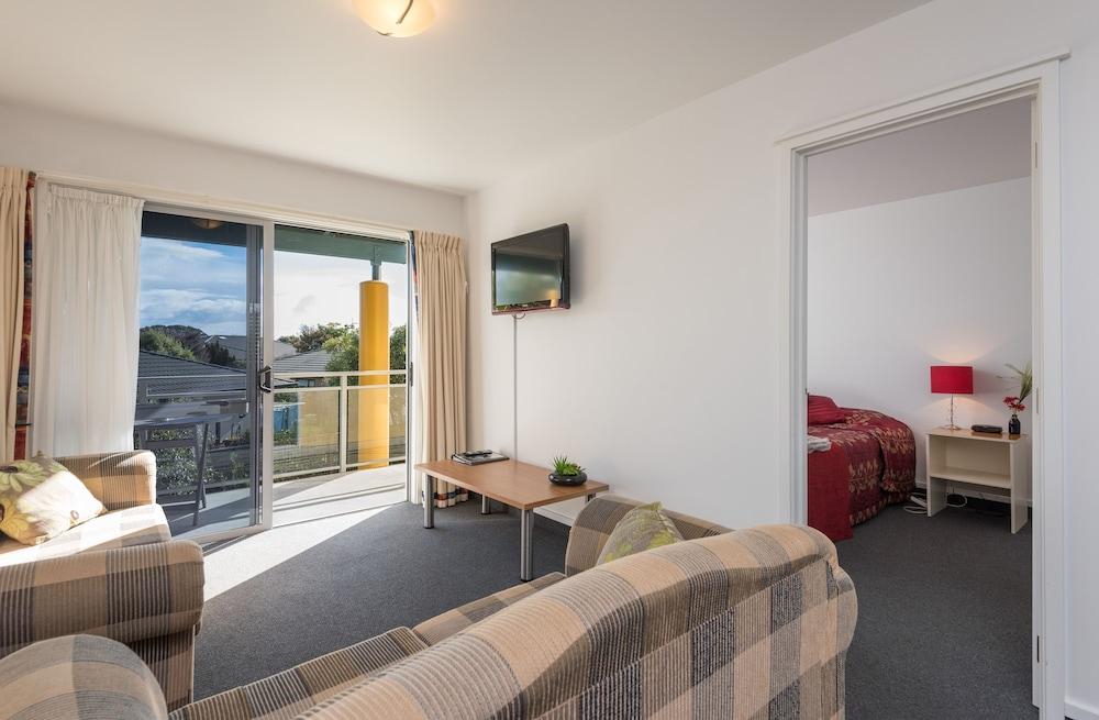 그린스 모텔(Greens Motel) Hotel Image 41 - Guestroom