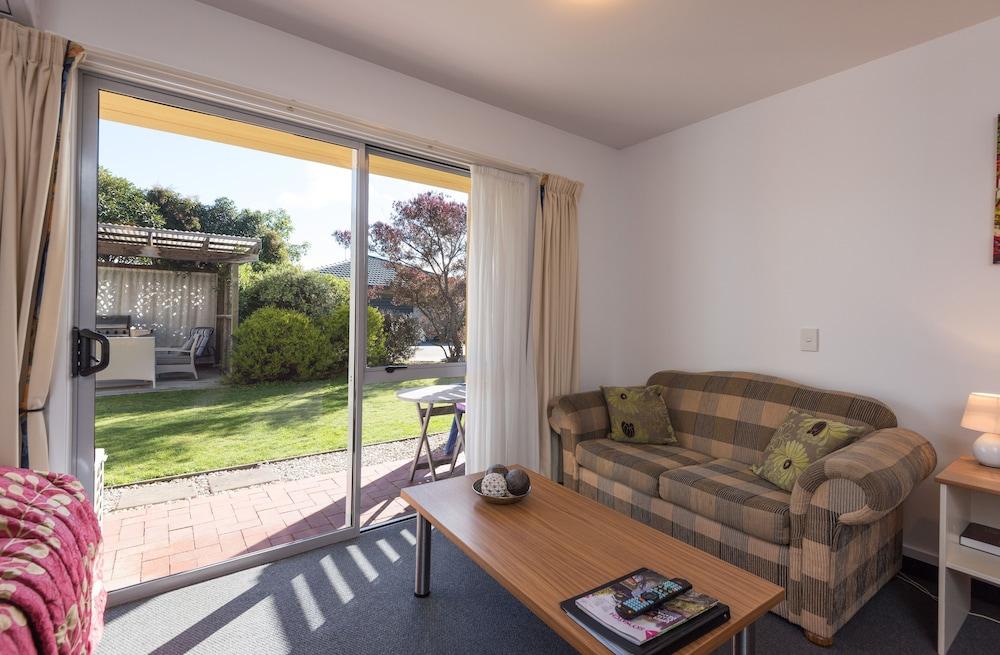 그린스 모텔(Greens Motel) Hotel Image 42 - Guestroom