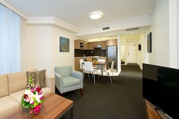 Executive Two Bedroom Apartment (Limited Housekeeping)