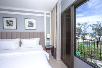 Deluxe Room, Sea View (Free Minibar-Daily Refill)
