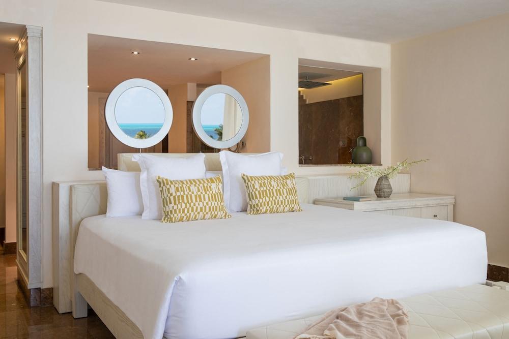https://i.travelapi.com/hotels/3000000/2280000/2270300/2270212/90cf18ef_z.jpg