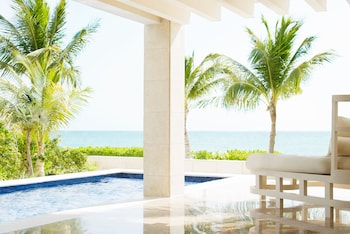 Beachfront Casita Suite w/ Private Pool