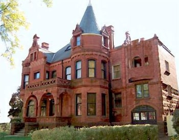 Hotel - Schuster Mansion Bed & Breakfast