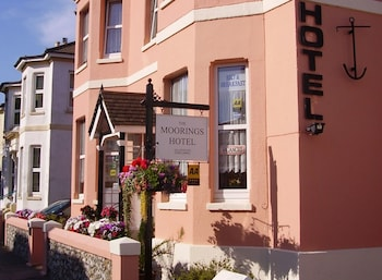 Hotel - The Moorings - Guest House