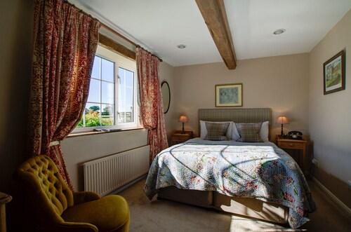 The Moonraker Hotel, Wiltshire
