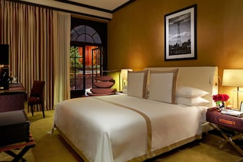 Grand Room, 1 King Bed (Grand Deluxe)