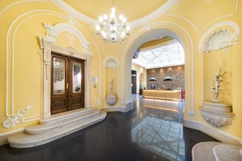 Book Hotel Palazzo Zichy in Budapest.