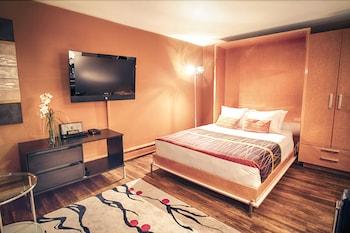 Deluxe Studio Suite, 1 Queen Bed