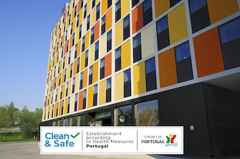 Star Inn Porto Low Cost Design Hotel