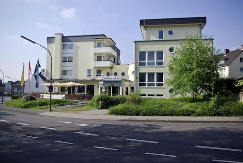 Kolonia - Airport BusinessHotel Köln - z Warszawy, 5 kwietnia 2021, 3 noce