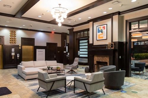 . Sheraton Chicago Northbrook Hotel
