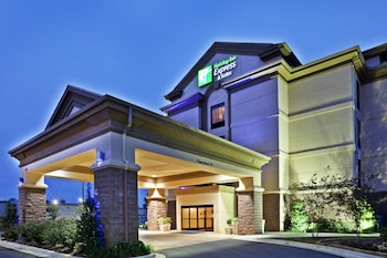Holiday Inn Express Hotel & Suites Durant
