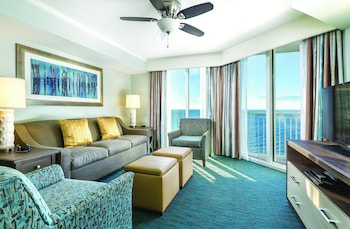 Guestroom at Wyndham Vacation Resorts Towers on the Grove in North Myrtle Beach