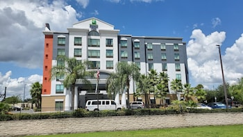 國際機場路智選假日飯店 Holiday Inn Express & Suites, International Drive, an IHG Hotel