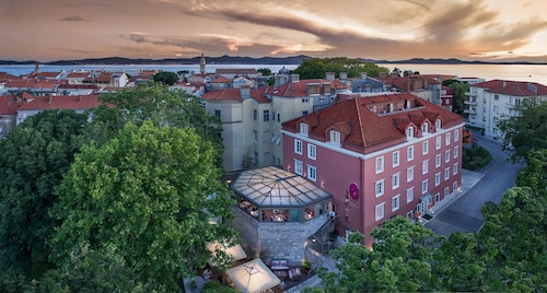 . Heritage hotel Bastion- Relais & Chateaux