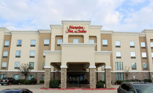 . Hampton Inn & Suites Mount Pleasant