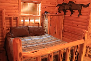 Fort Apache Cabins