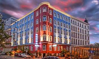 Hotel - Hotel Urania