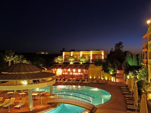 . Ambassador Hotel Thessaloniki