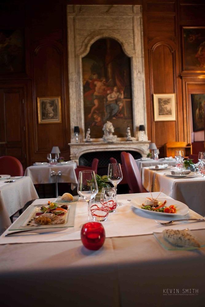 샤토 뒤 콜롬비에(Château du Colombier) Hotel Image 29 - Restaurant
