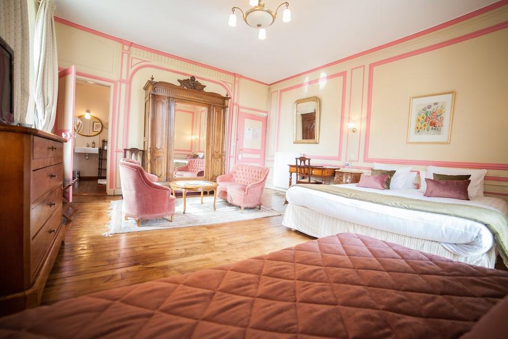 샤토 뒤 콜롬비에(Château du Colombier) Hotel Image 11 - Guestroom