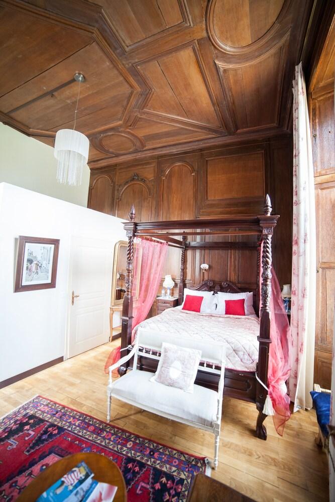 샤토 뒤 콜롬비에(Château du Colombier) Hotel Image 9 - Guestroom