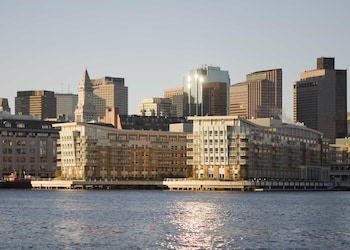Hotel - Battery Wharf Hotel, Boston Waterfront