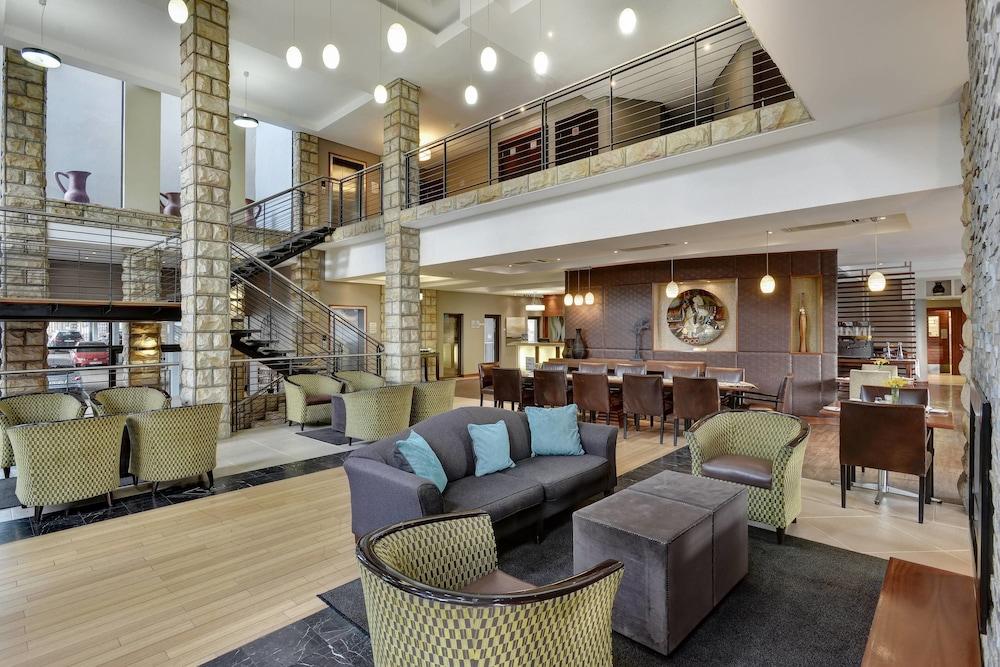 프로테아 호텔 바이 메리어트 클라렌스(Protea Hotel by Marriott Clarens) Hotel Image 2 - Lobby