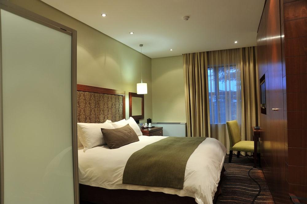 프로테아 호텔 바이 메리어트 클라렌스(Protea Hotel by Marriott Clarens) Hotel Image 10 - Guestroom