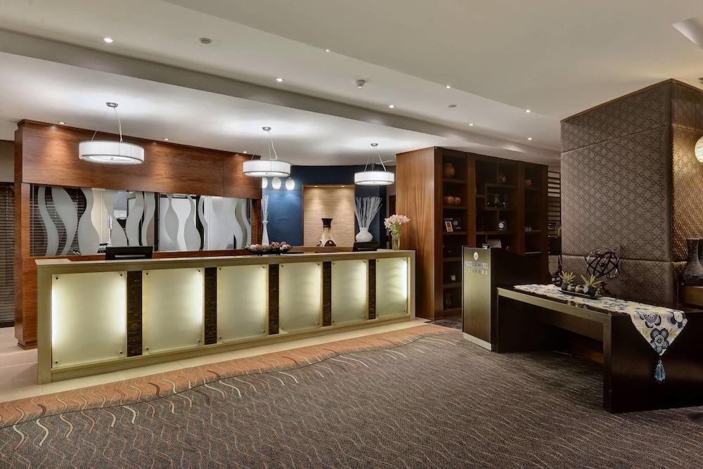 프로테아 호텔 바이 메리어트 클라렌스(Protea Hotel by Marriott Clarens) Hotel Image 3 - Lobby