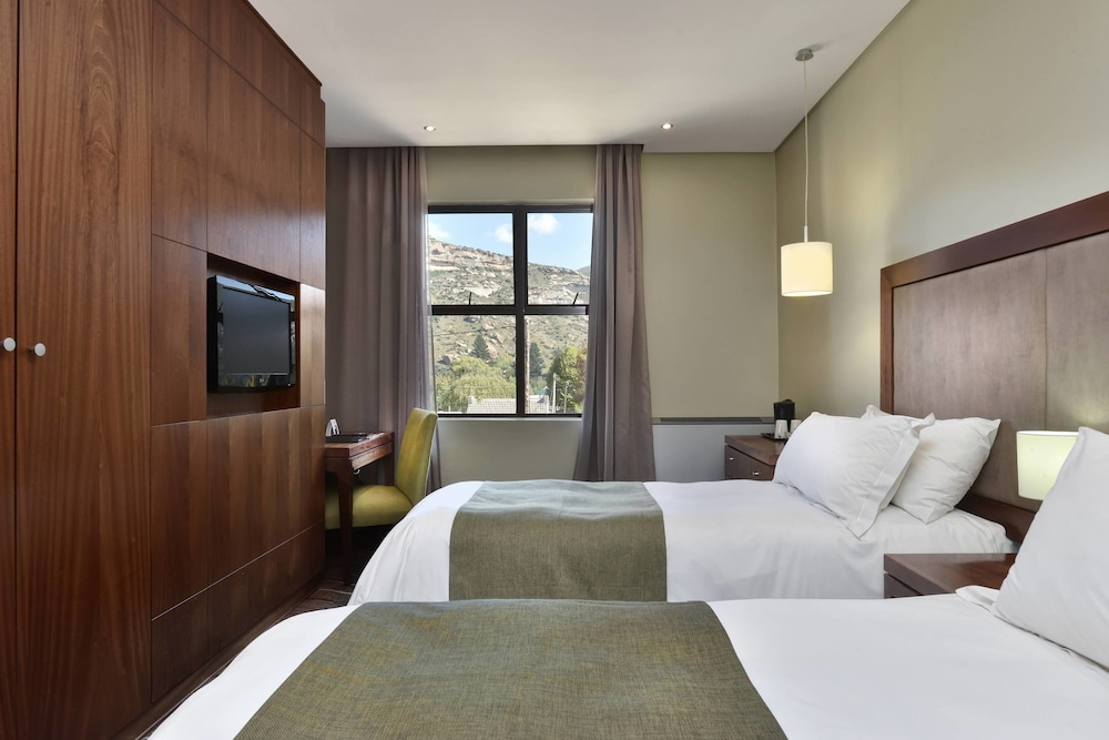 프로테아 호텔 바이 메리어트 클라렌스(Protea Hotel by Marriott Clarens) Hotel Image 20 - Guestroom