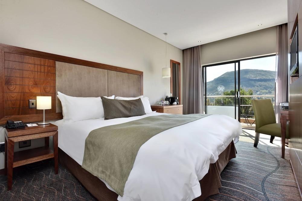 프로테아 호텔 바이 메리어트 클라렌스(Protea Hotel by Marriott Clarens) Hotel Image 40 - Guestroom View