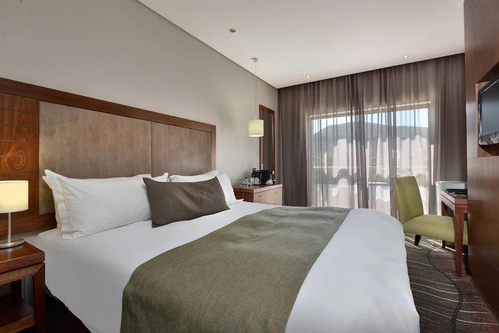프로테아 호텔 바이 메리어트 클라렌스(Protea Hotel by Marriott Clarens) Hotel Image 25 - Guestroom