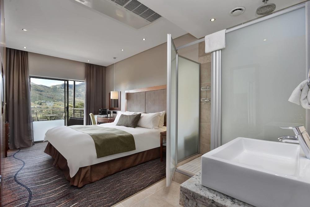 프로테아 호텔 바이 메리어트 클라렌스(Protea Hotel by Marriott Clarens) Hotel Image 32 - Guestroom
