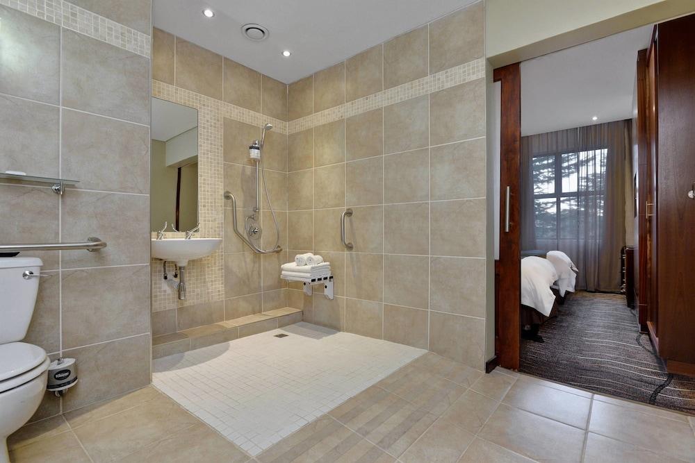 프로테아 호텔 바이 메리어트 클라렌스(Protea Hotel by Marriott Clarens) Hotel Image 33 - Guestroom