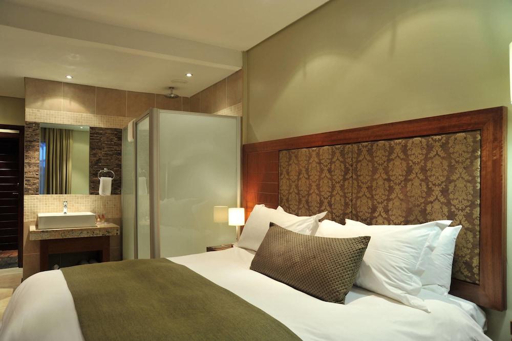 프로테아 호텔 바이 메리어트 클라렌스(Protea Hotel by Marriott Clarens) Hotel Image 34 - Guestroom