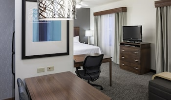 Guestroom at Homewood Suites by Hilton Phoenix North-Happy Valley in Phoenix