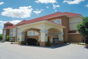 Hotel - La Quinta Inn & Suites by Wyndham Huntsville Airport Madison