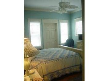 Comfort Double Room, Accessible, Ensuite (Harbor Breeze Guest Room )