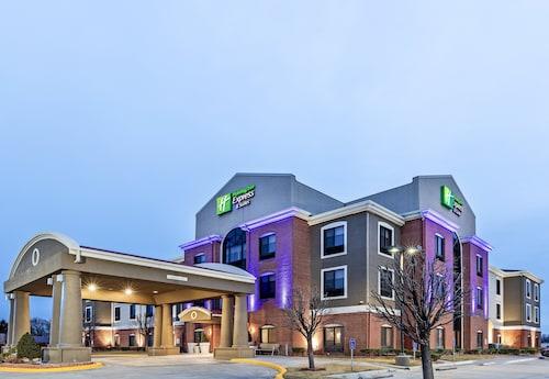 . Holiday Inn Express Hotel & Suites GUYMON, an IHG Hotel