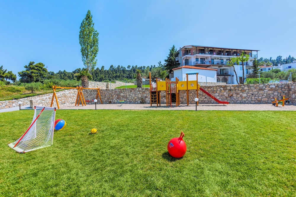 호텔 크리오피지(Hotel Kriopigi) Hotel Image 109 - Childrens Play Area - Outdoor