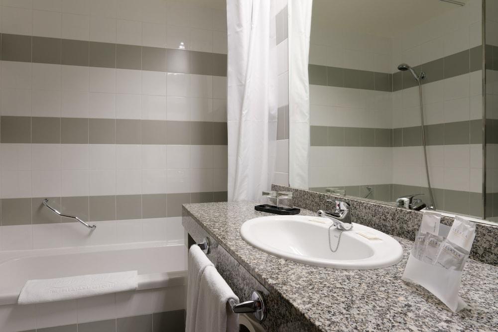 렐락시아 올라비나(Relaxia Olivina) Hotel Image 19 - Bathroom