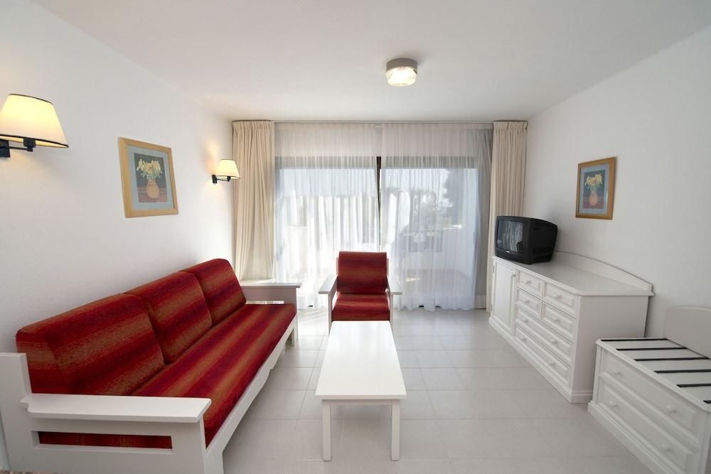 렐락시아 올라비나(Relaxia Olivina) Hotel Image 15 - Living Area