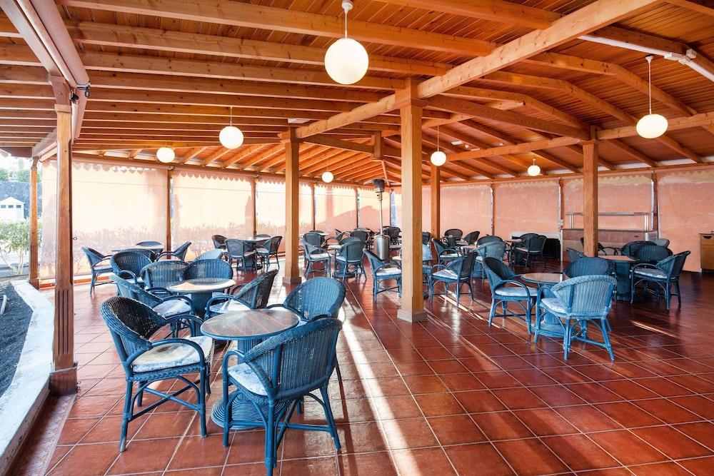 렐락시아 올라비나(Relaxia Olivina) Hotel Image 44 - Hotel Bar