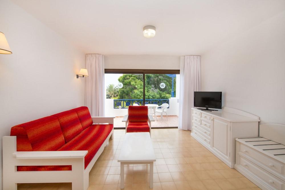 렐락시아 올라비나(Relaxia Olivina) Hotel Image 17 - Living Area